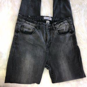 Judy Blue Gray Wash Skinny Frayed Jeans size 9/29